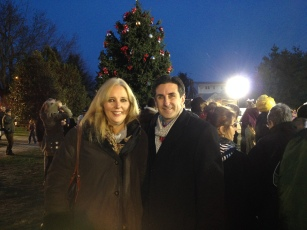 Delia DeRiggi-Whitton NAssau COunty Legislator Port Washington tree lighting